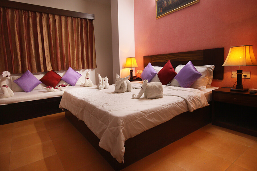 Book Hotel Near Bus Stand Udaipur